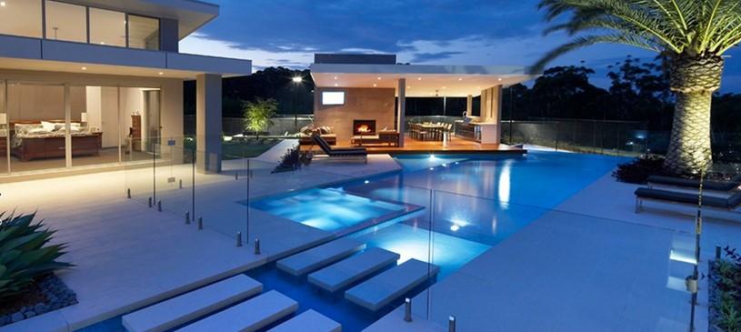 Il binomio vincente piscina e vetro - Piscina in vetro ...